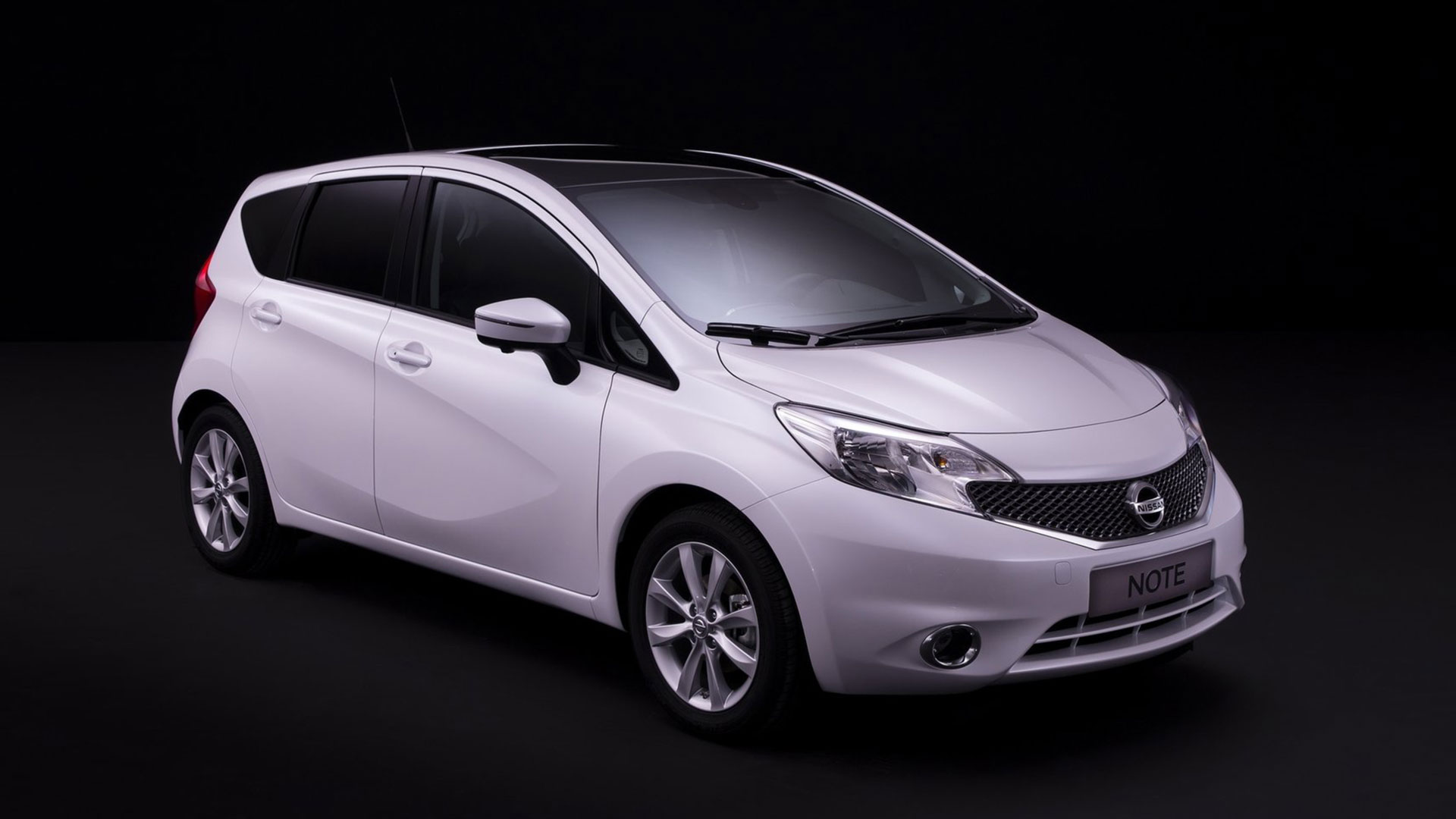 Nissan Note 4X4 photos