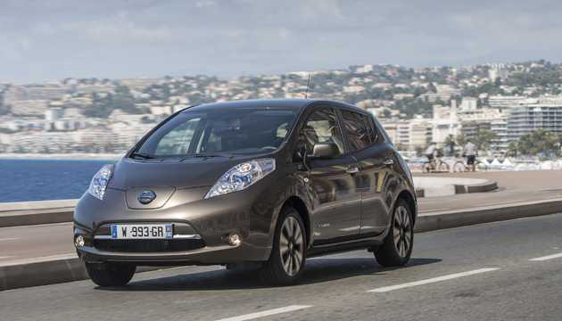 next green car small family car award winner nissan leaf