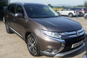 Mitsubishi Outlander GX-3 Review Header