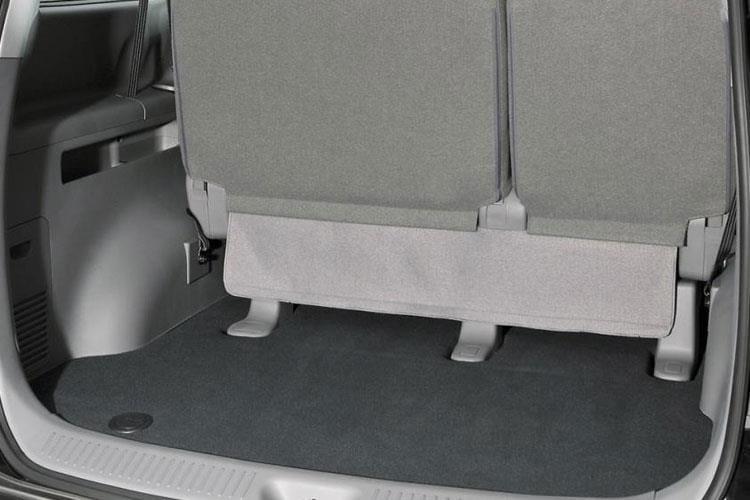 i800-hyi8-15.jpg - 5 Door 8seat 2.5 Crdi 136ps Se
