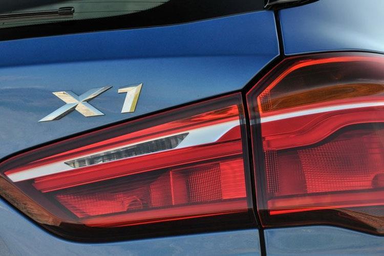 x1-bmx1-18b.jpg - X1 5 Door Sdrive18i Sport