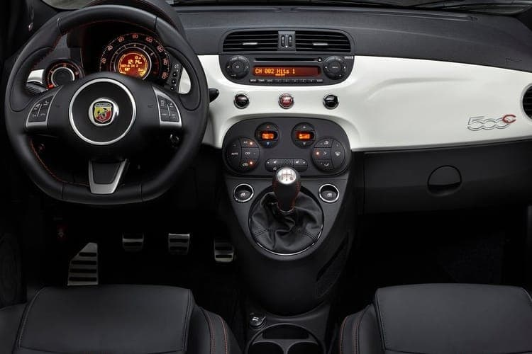 abarth-convertible-fi5b-19.jpg - 595 1.4 T-jet 145 70th Anniversary