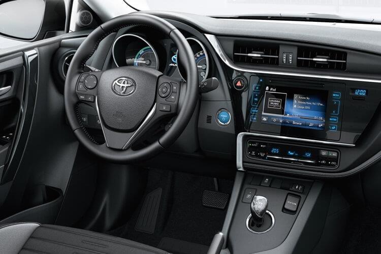 auris-touring-sports-toat-18.jpg - Touring Sport 1.8 Hybrid Icon Tech Tss Cvt