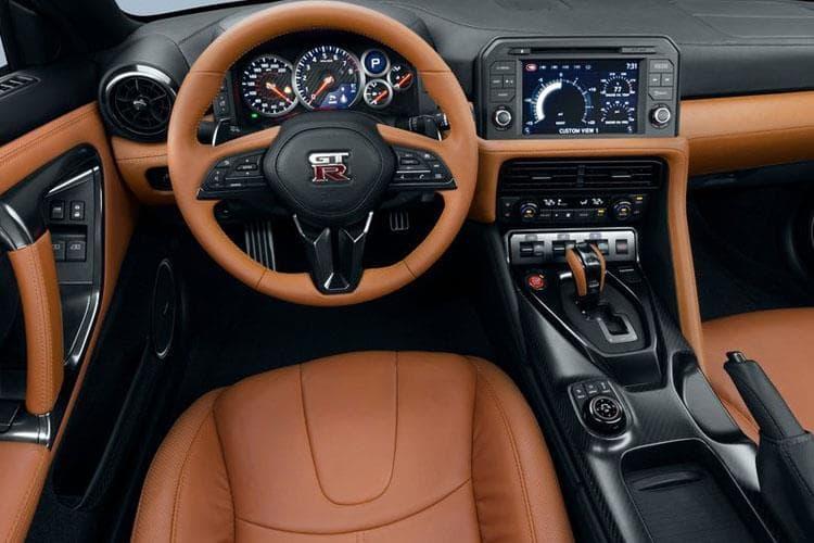 gt-r-coupe-nigt-19.jpg - 2 Door Coupe 3.8 V6 Recaro Auto