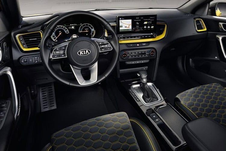 xceed-kixc-20.jpg - 5 Door Hatch 1.0 T-gdi 118bhp 2 Isg