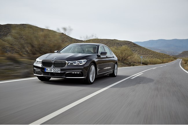 new bmw 7 series in motion