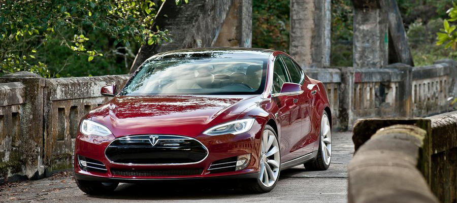 business car awards 2016 luxury car of the year tesla model s