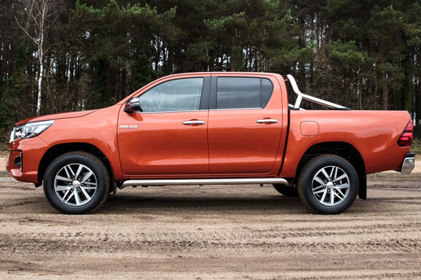 toyota hilux invincible x profile