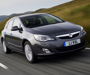 vauxhall astra leasing
